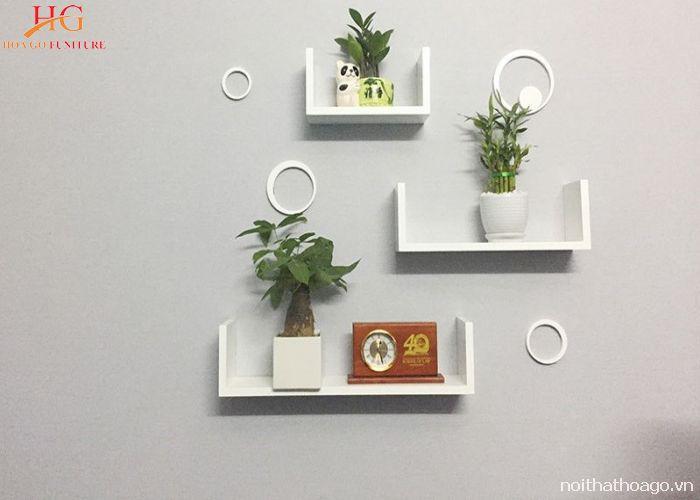 Kệ gỗ tối giản treo tường