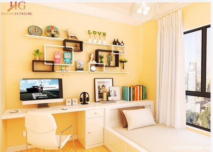 Kệ gỗ trang trí dành cho bàn làm việc trong phòng ngủ