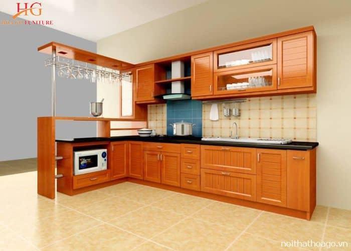 Tủ bếp Xoan đào kết hợp với quầy bar mini