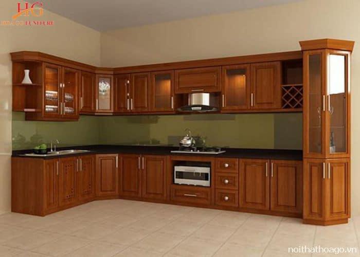 Tủ bếp gỗ Xoan đào kết hợp với tủ trang trí