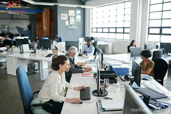 Chú ý đến ánh sáng và tính tiện nghi cho không gian làm việc