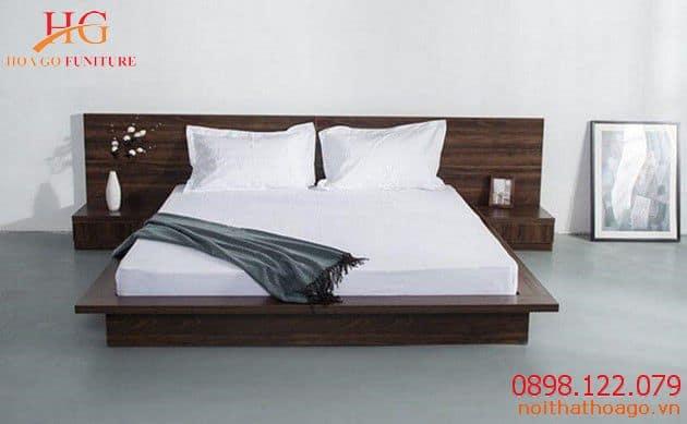 Sản phẩm trang trí nội thất giường ngủ kết hợp bàn để đồ