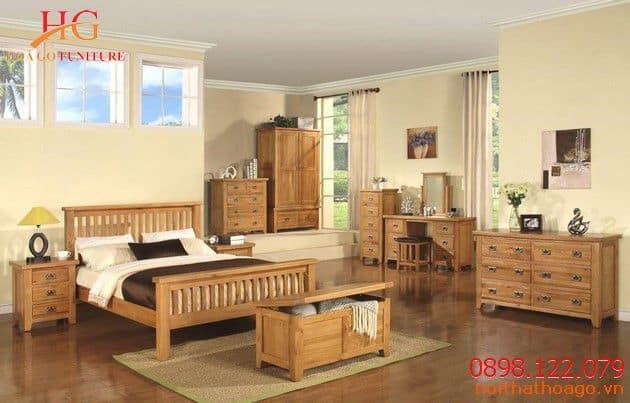 Showroom nội thất Hoa Gỗ cung cấp các sản phẩm phòng ngủ bằng gỗ sồi