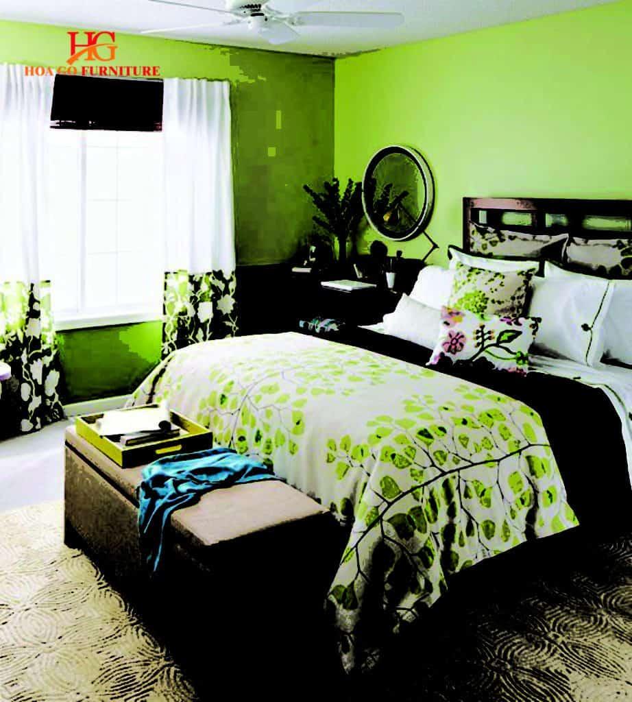 Phòng ngủ kết hợp màu xanh lá và nâu trầm