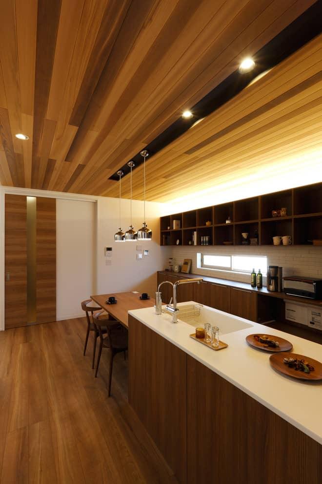 Thiết kế bếp Á
